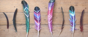 diy-painted-feathers-feature
